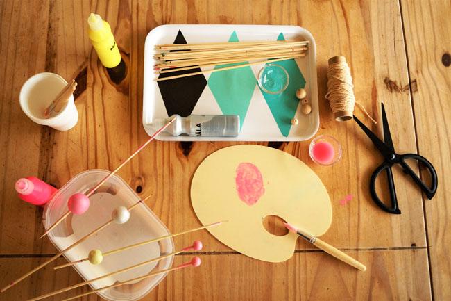 tuto pour enfants fabriquer un cadeau pour la f te des m res. Black Bedroom Furniture Sets. Home Design Ideas